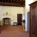 Casa Ravera, Bene Vagienna, Bookshop. Interventi eseguiti: restauro soffitto porte ed arredi