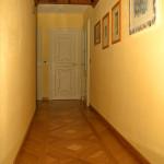 Parquet intarsiati, soffitto ligneo, porte