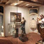 Casa Ravera - Bene Vagienna,  Salles muséales.  Opérations effectuées : plafond en bois et étalages